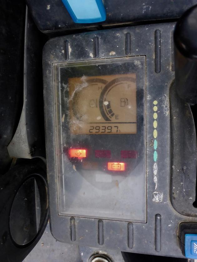 2010 Hitachi ZX17U-2YLP