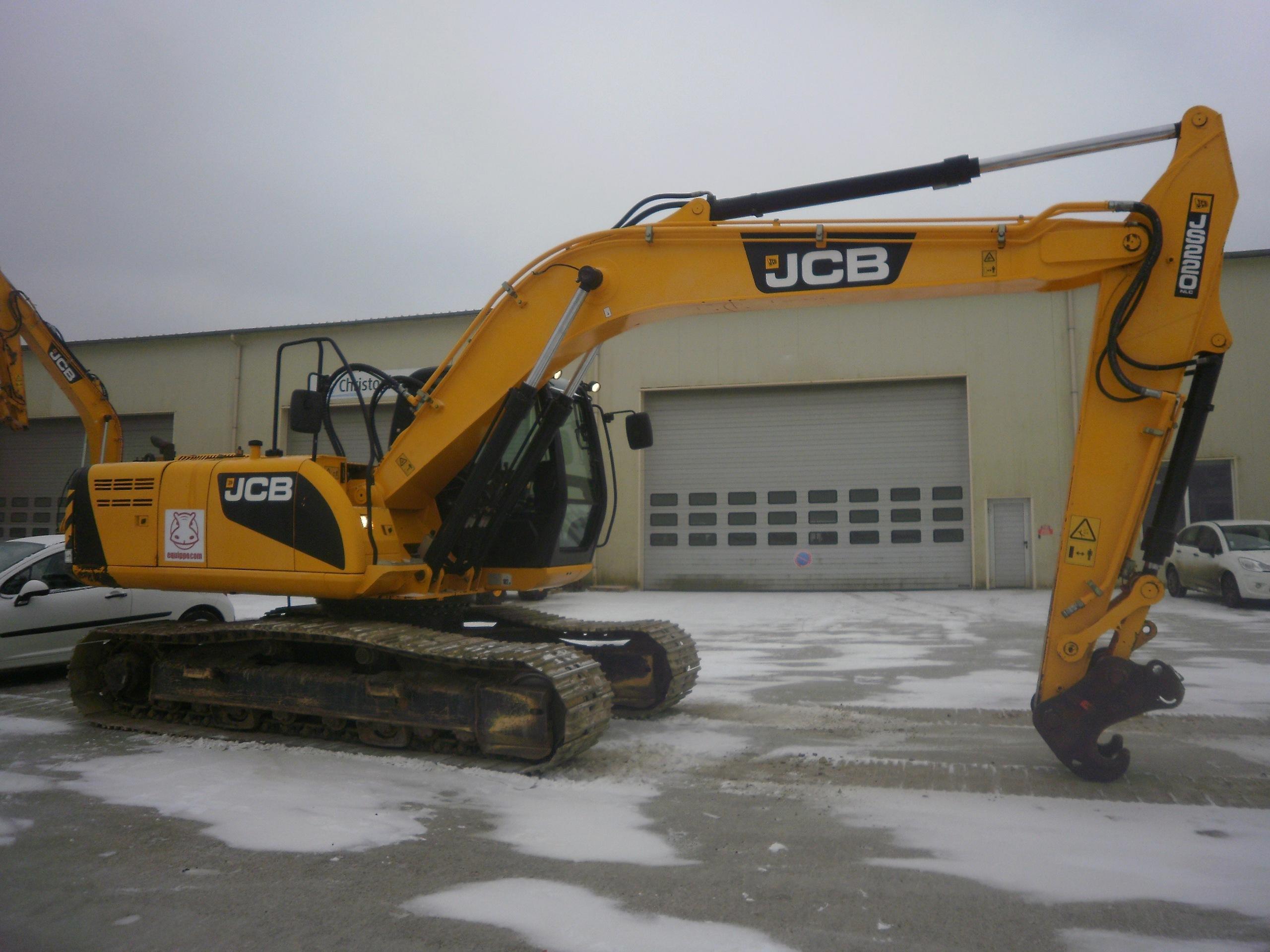 2012 - JCB JS220NLC