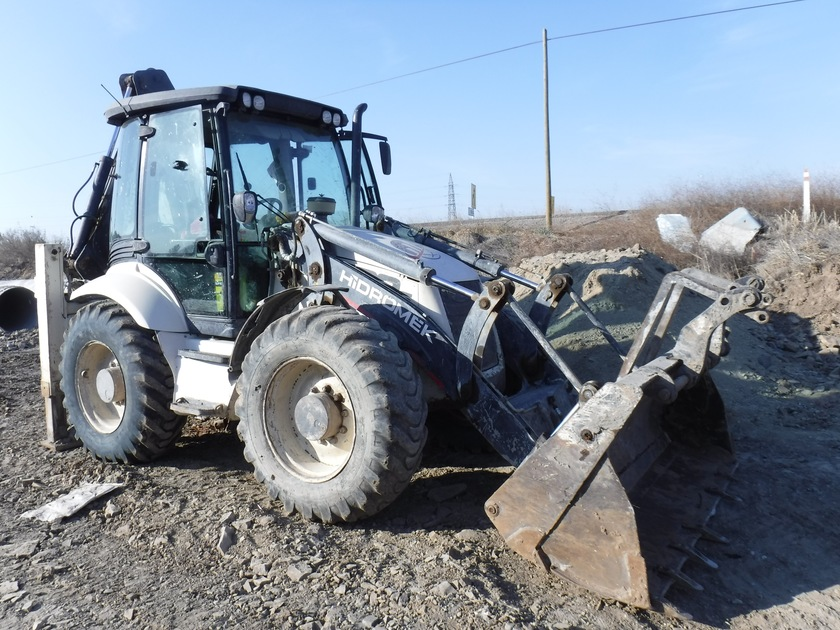 Hidromek Hmk102s Used Backhoe Loader For Sale Equippo Com