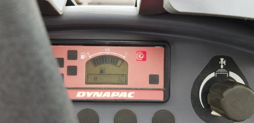 2017 Dynapac CC1100C Plus