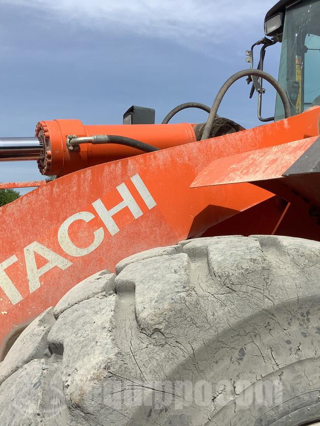 2013 Hitachi ZW310